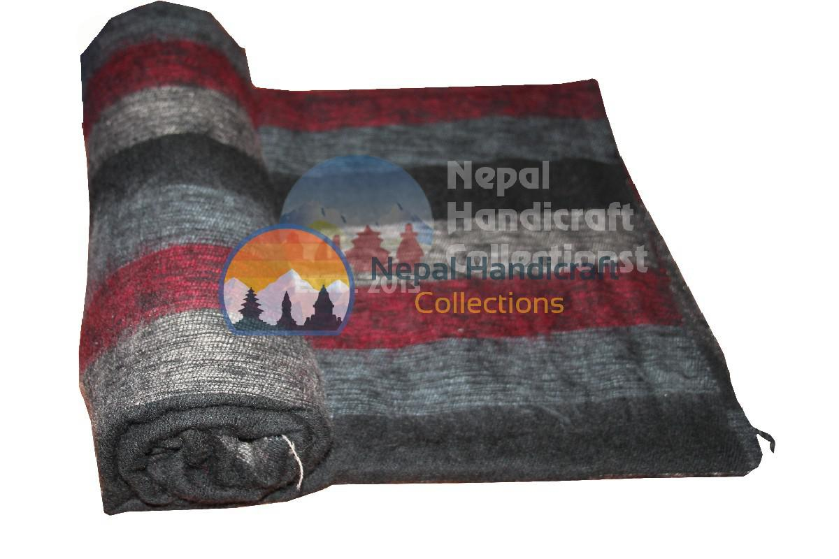 Woolen blanket black red stripe