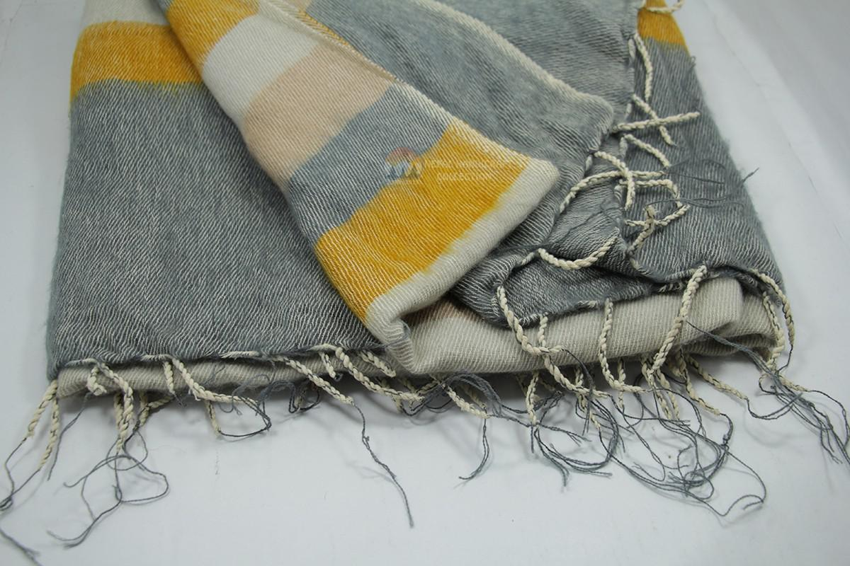 wollon blanket yellow stripe